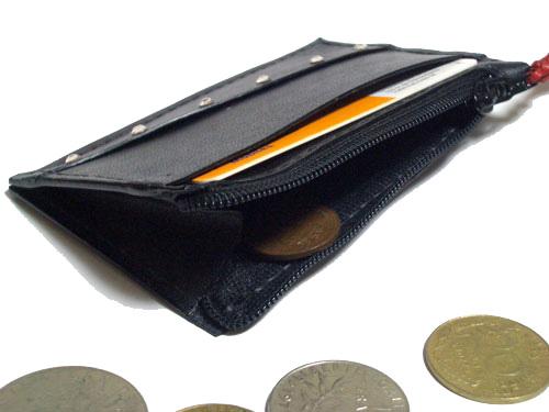 赤ネコモチーフのコインケース3