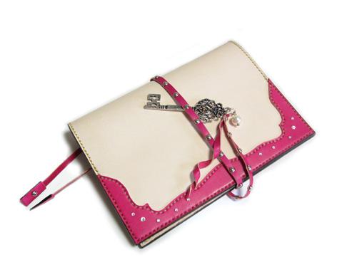 ヌメ革とピンクのほぼ日手帳カバー