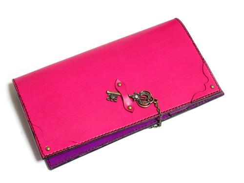 ピンクとパープルのオリジナル手帳カバー