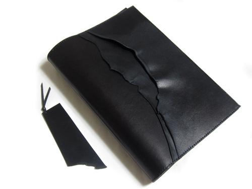 黒革で作られた端革デザインA6、A5カバー