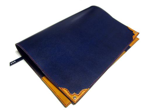 B5サイズ用革のブックカバー