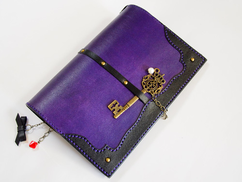 紫のほぼ日手帳カバー