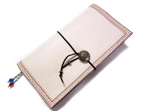 ヌメ革x赤ステッチのカスタマイズ手帳カバー